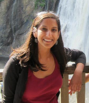 Poonam Desi Awarded 2nd Annual Student Development Committee Research Award