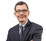 PHO-UMC14-36 Monthly Drop-in headshots - April
